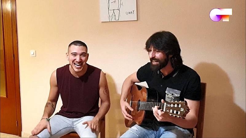 """Bruno canta """"Echo de menos"""" en el cuarto pase de micros de #QuedOTenCasa"""