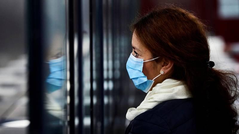 El Gobierno controlará los precios de las mascarillas, geles y guantes durante la crisis del coronavirus