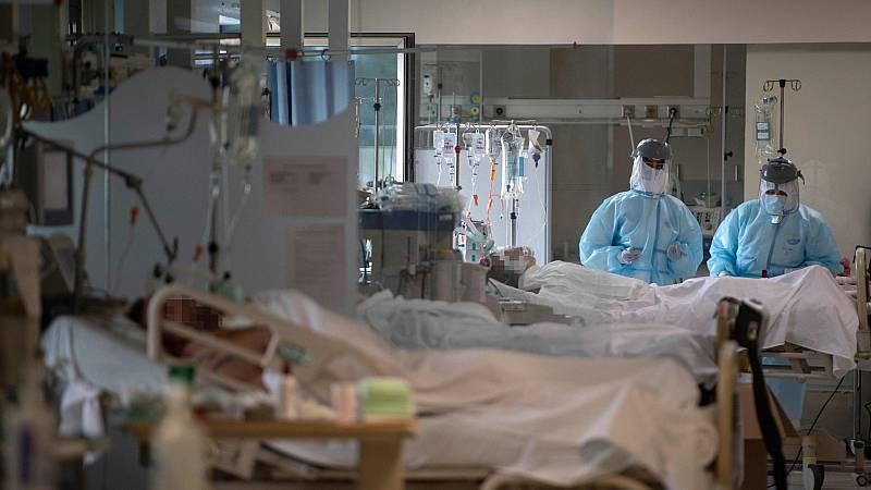Sanidad afirma que trabajarán en el futuro con los casos sospechosos de fallecimiento por coronavirus que les dan las Comunidades Autónomas