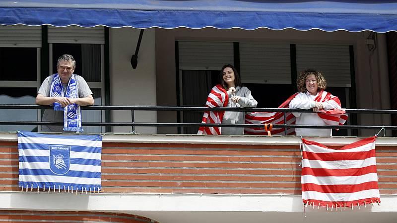 Vídeo: El derbi vasco en la final de Copa del Rey se ha trasladado a los balcones
