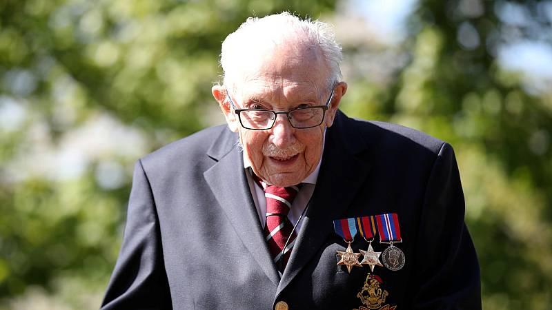 Un veterano de la segunda guerra mundial logra recaudar millones de euros para la Sanidad británica