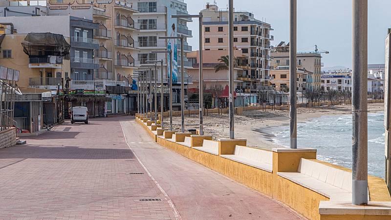 Montero anuncia planes de actuación para el sector turístico para su revitalización tras la crisis de coronavirus