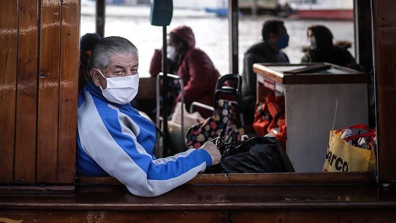 Coronavirus: Buenos Aires obliga a los mayores de 70 años a pedir permiso para salir de casa