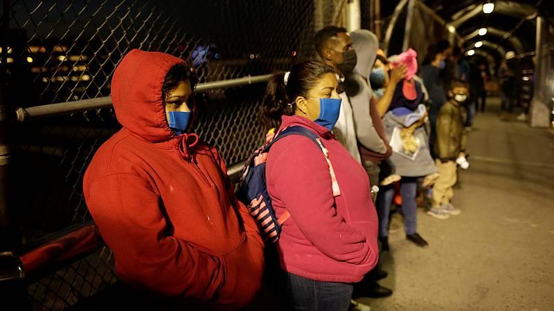 Estados Unidos prohíbe temporalmente la entrada de migrantes en el país para controlar la pandemia de coronavirus