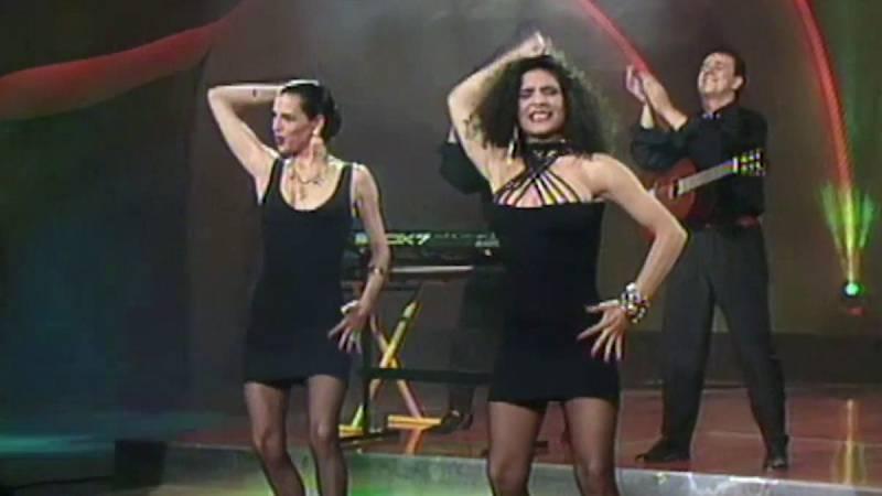 """Festival de Eurovisión 1990 - Azúcar Moreno cantó """"Bandido"""""""