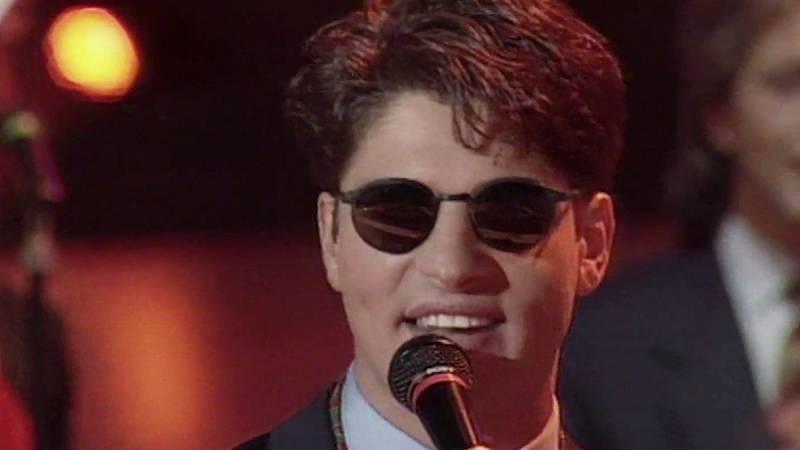 """Festival de Eurovisión 1992 - Serafín Zubiri cantó """"Todo esto es la música"""""""