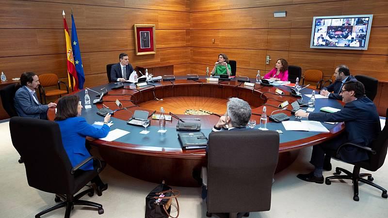 El Gobierno se reúne con las comunidades autónomas para preparar la desescalada