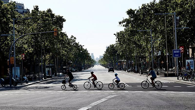 """Vídeo   El Gobierno advierte que habrá que """"pensar mejor los espacios urbanos y reorganizar los transportes"""""""