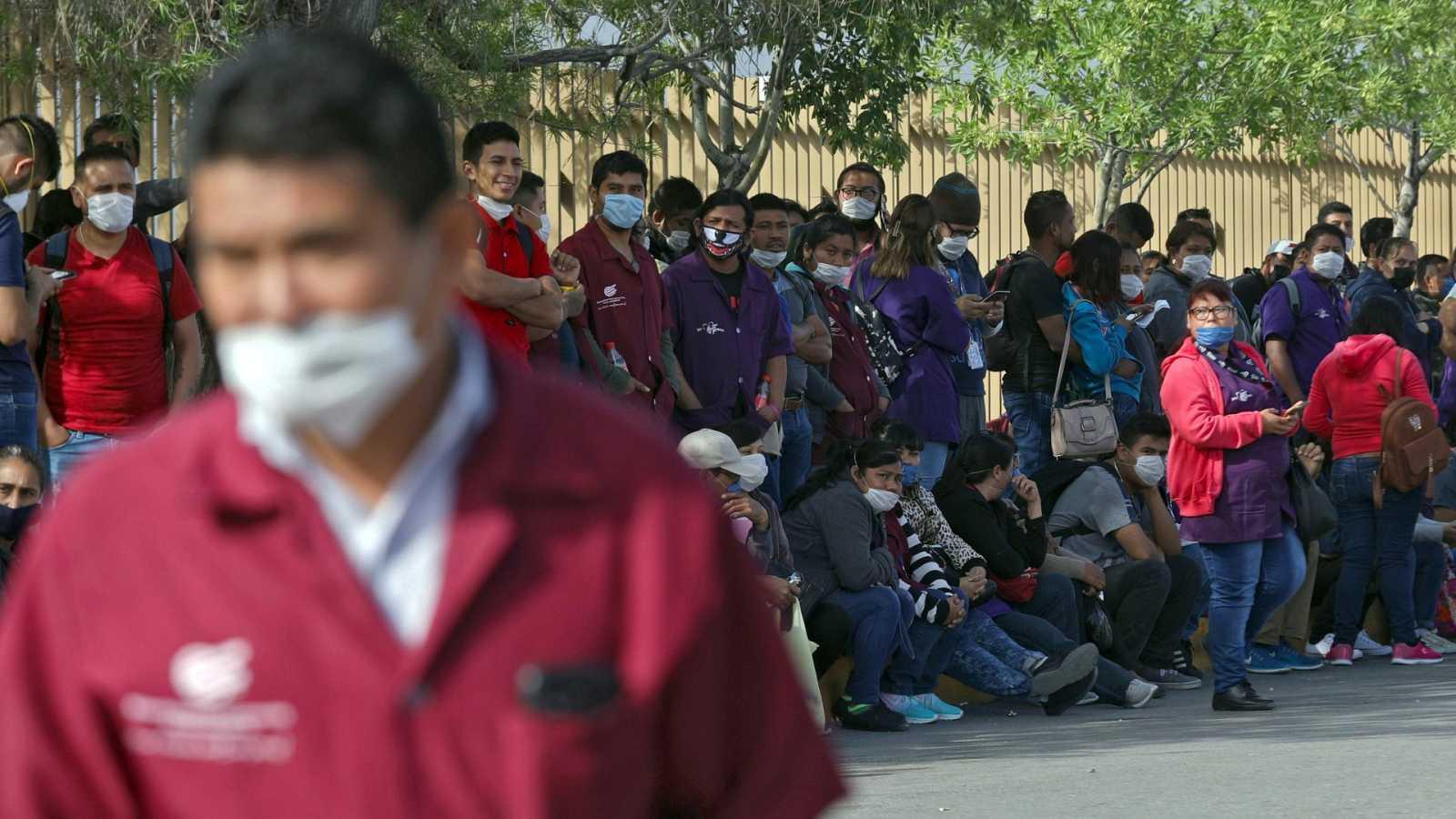 Trabajadores de las 'maquiladoras' de México denuncian presiones para seguir trabajando en malas condiciones