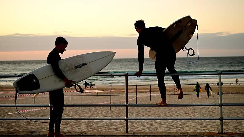 Las playas de Sidney se vuelven a abrir al surf, cinco semanas después