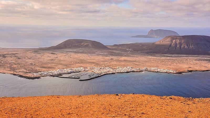 """Este proceso hacia la """"nueva normalidad"""" comenzará antes en algunos territorios insulares de Canarias y Baleares, que se encuentran en una situación muy favorable para empezar a plantearse la fase de transición. Es el caso de las islas menores habita"""