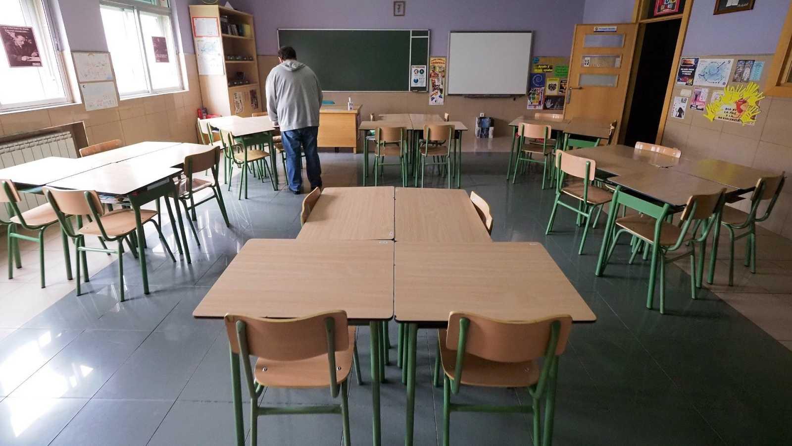 El Gobierno favorecerá la conciliación de las vidas familiar y laboral permitiendo abrir colegios en junio
