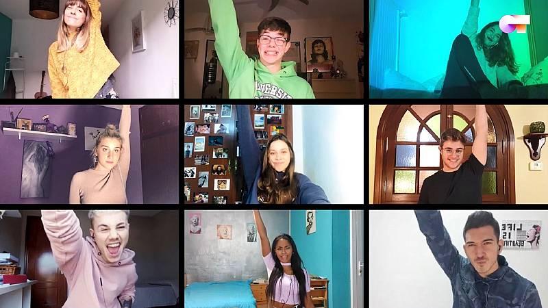 "OT 2020 canta, por sorpresa, ""Sonrisa"", de Ana Torroja, en el primer pase de micros de #QuedOTenCasa"