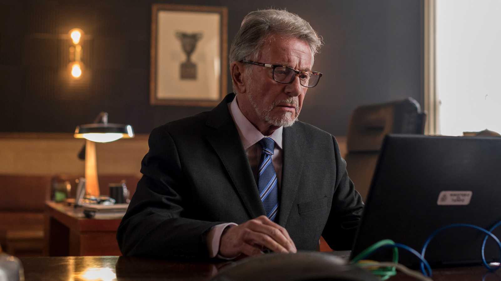 """El Ministerio del Tiempo - Jaime Blanch: """"Salvador significa el poder, la frialdad, el trabajo bien hecho"""""""