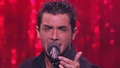 """Festival de Eurovisión 2001 - David Civera cantó """"Dile que la quiero"""""""