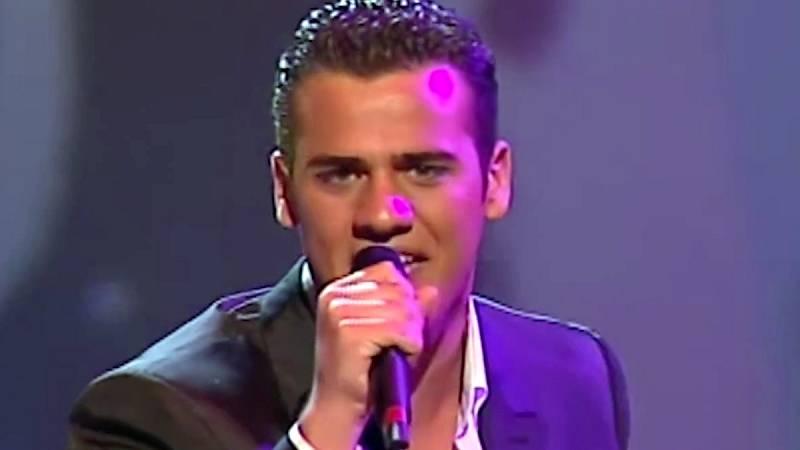 """Festival de Eurovisión 2004 - Ramón del Castillo cantó """"Para llenarme de ti"""""""