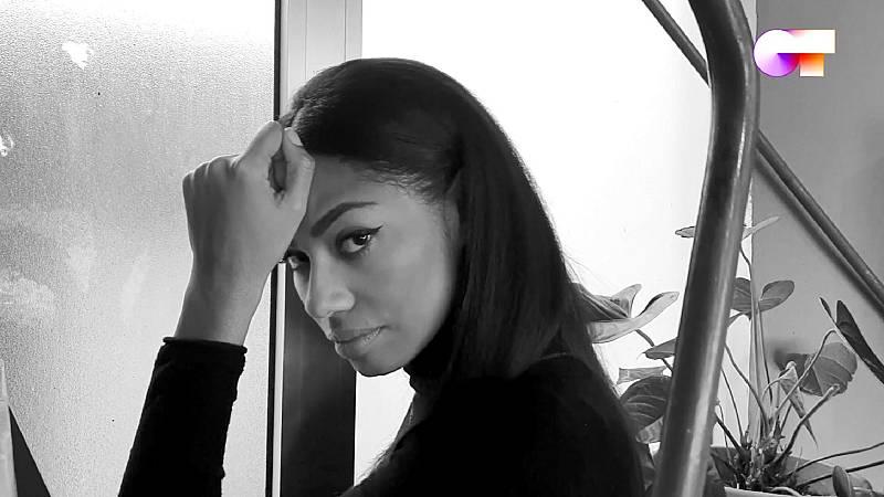 """Nia canta """"El perdón"""" en el sexto pase de micros de #QuedOTenCasa"""
