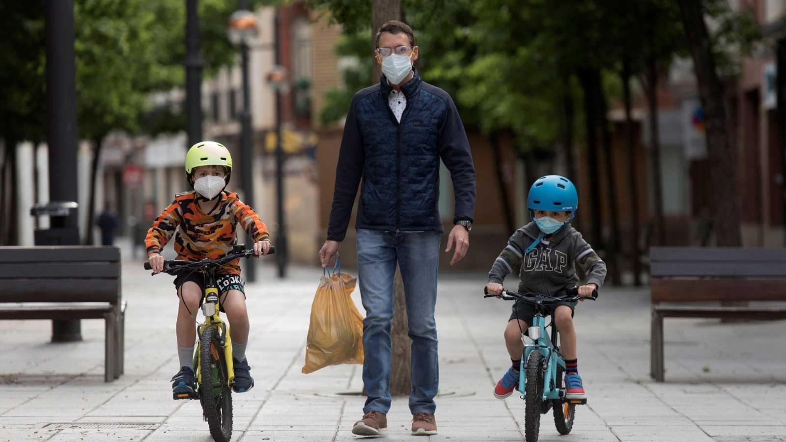 Sanidad anuncia el plan de franjas horarias para las salidas para niños, mayores y actividades deportivas