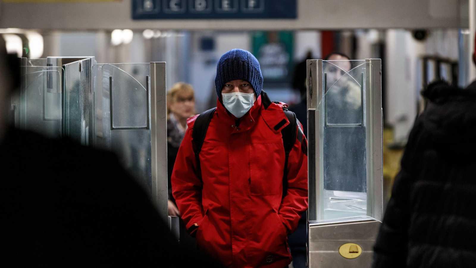 Vídeo: Este lunes comienza la obligatoriedad del uso de mascarillas en los transportes públicos