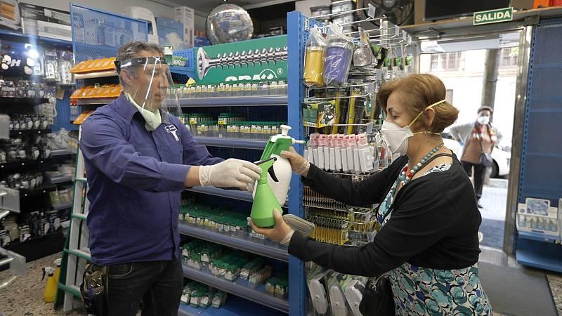 Distancia de seguridad y desinfección, principales requisitos para abrir los pequeños comercios