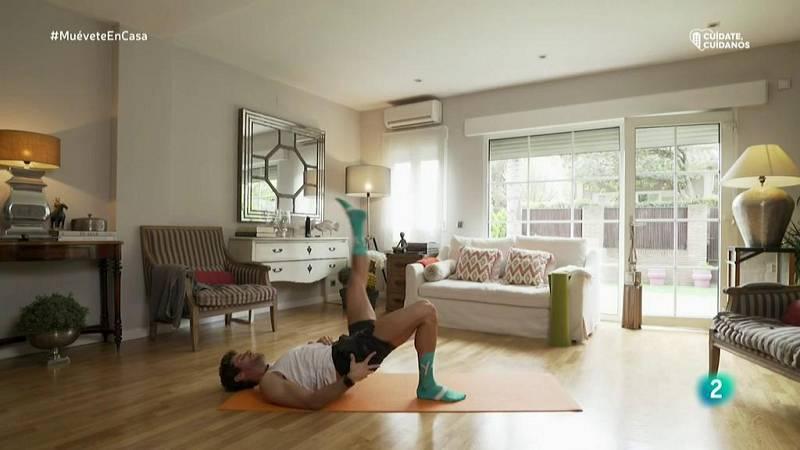 Muévete en casa - ¡Trabaja piernas, abdomen y glúteos!