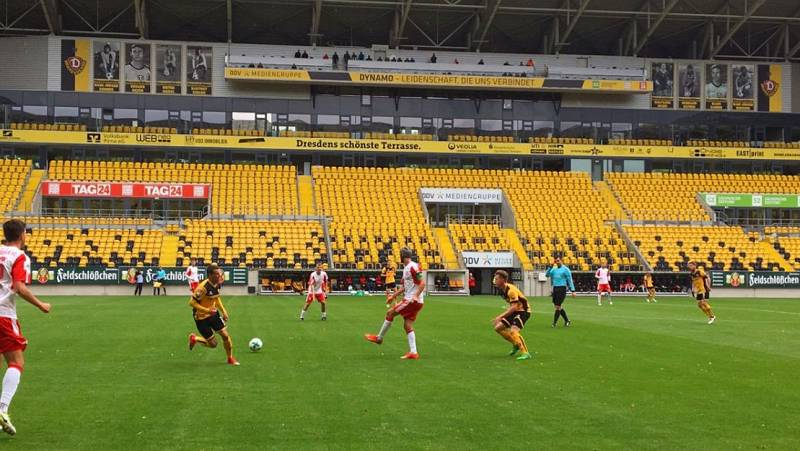 Vídeo: Dos positivos por coronavirus en el Dinamo Dresde y el equipo aislado, a una semana de la vuelta del fútbol alemán