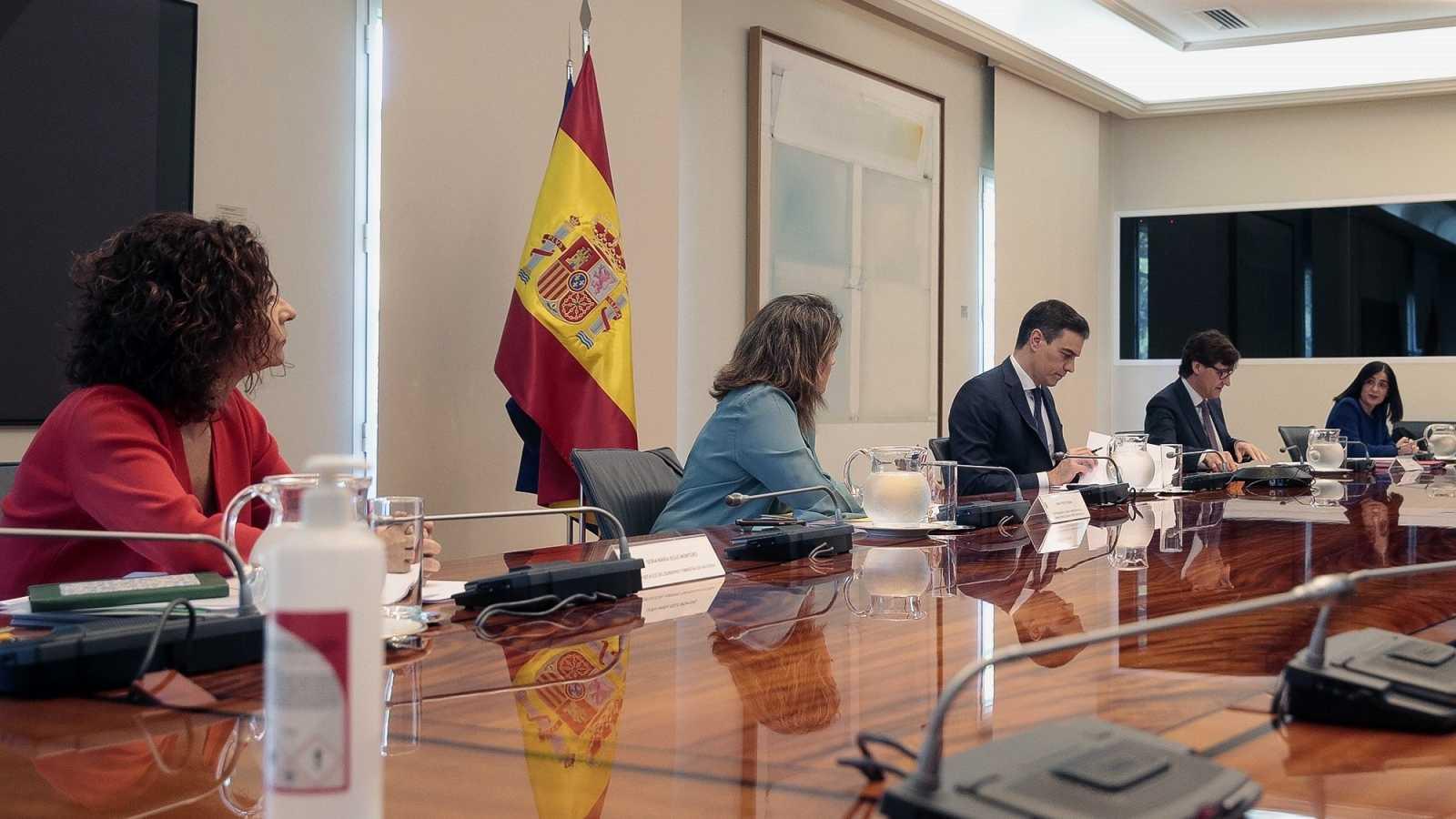 Varias comunidades muestran a Sánchez su malestar por no avanzar en la desescalada