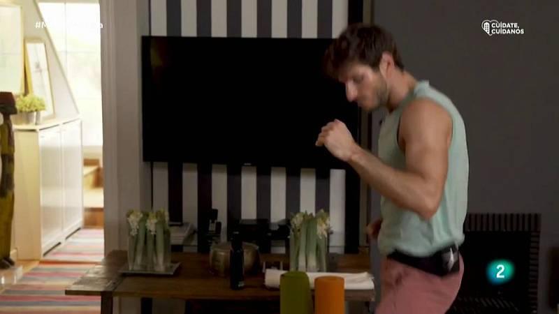Muévete en casa - ¡Boxeo para trabajar glúteos y abdomen!