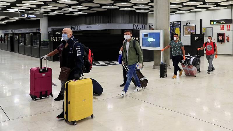 Fernando Simón explica por qué se impone una cuarentena a partir de ahora a los visitantes extranjeros