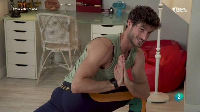 Muévete en casa - ¡Estira glúteos y piernas con yoga y pilates!