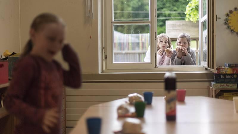 Vídeo: Madres de día, alternativa a las escuelas infantiles