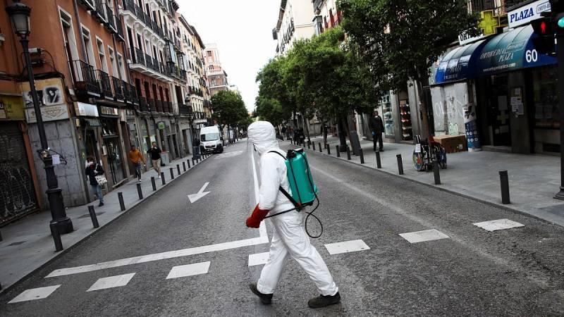 """Sánchez insiste en que la desescalada """"no es una carrera"""" y pide """"prudencia"""" a las comunidades"""