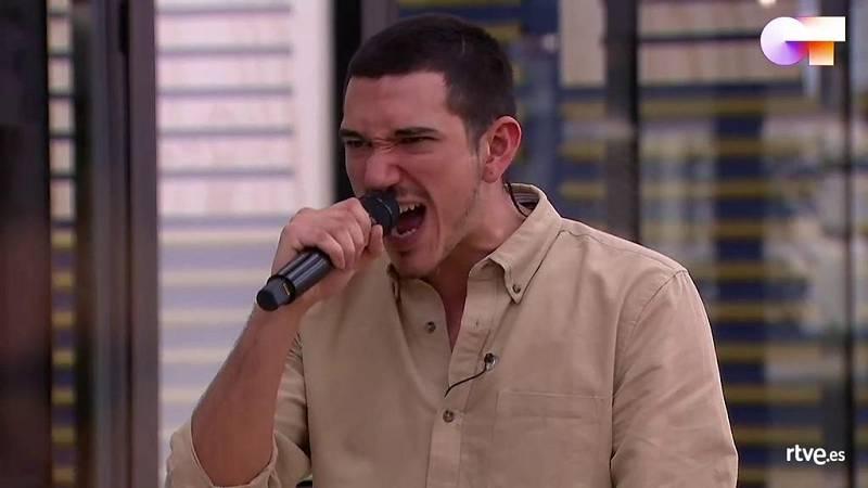 """Bruno canta """"A las nueve"""", de No te va a gustar, en el primer pase de micros de la Gala 10 de Operación Triunfo 2020"""