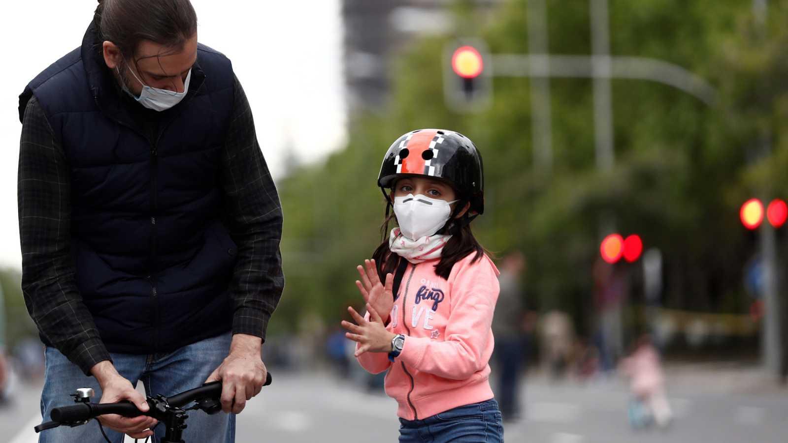 Vídeo: Sanidad anuncia que prepara una orden para aumentar la obligatoriedad de las mascarillas a los espacios públicos