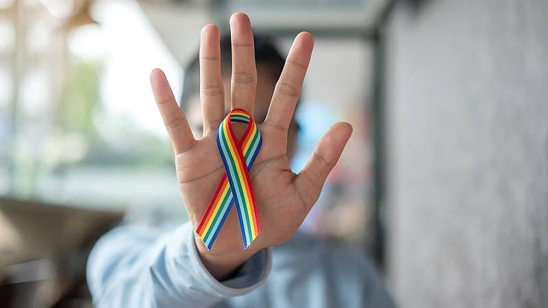 El confinamiento, un problema añadido para muchas personas LGTBI