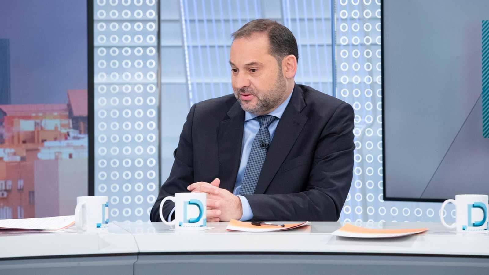 """Ábalos sitúa a finales de junio la reactivación del turismo extranjero """"con origen y destino sano"""""""
