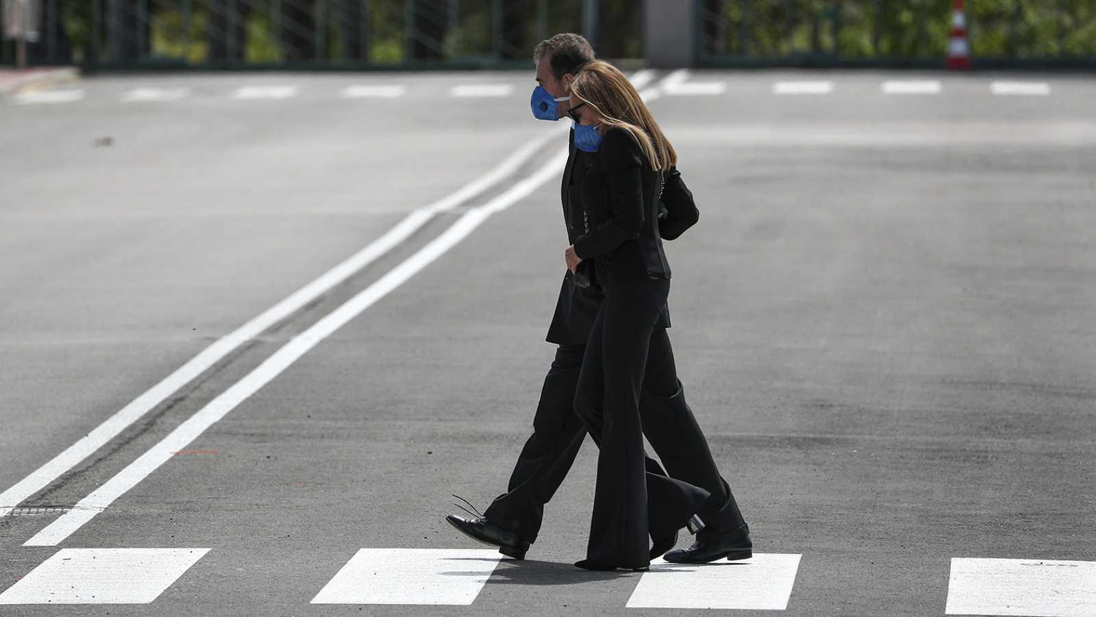 Ana Obregón y Alessandro Lequio acuden al entierro de su hijo