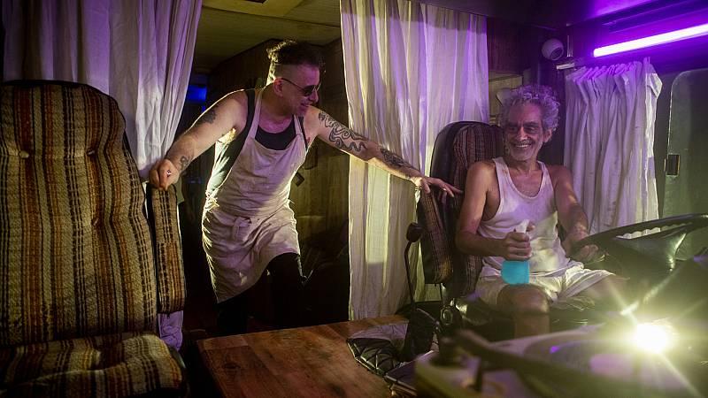 Melingo y Andrés Calamaro -  El Blues Rebétiko de 7 vidas