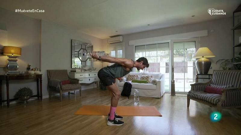 Muévete en casa - Ejercicios para pecho y tríceps