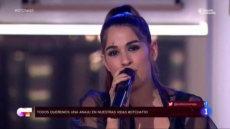 Anaju canta una canción a Ivan en El Chat 10