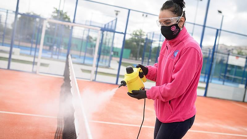 Vídeo: Las federaciones de pádel y tenis piden jugar dobles en la Fase 2