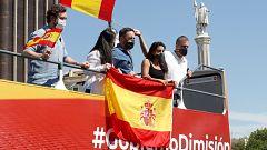 """La manifestación de Vox en Madrid arranca con cientos de manitestantes en sus vehículos pidiendo """"libertad"""""""