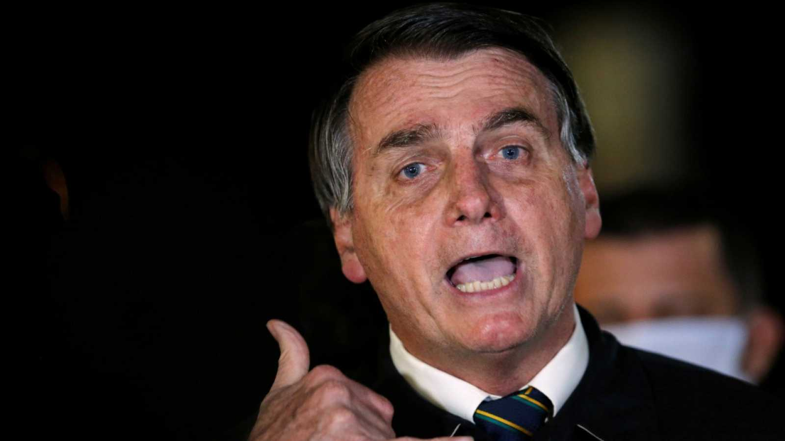 La difusión de un vídeo con insultos y amenzas compromete a Bolsonaro
