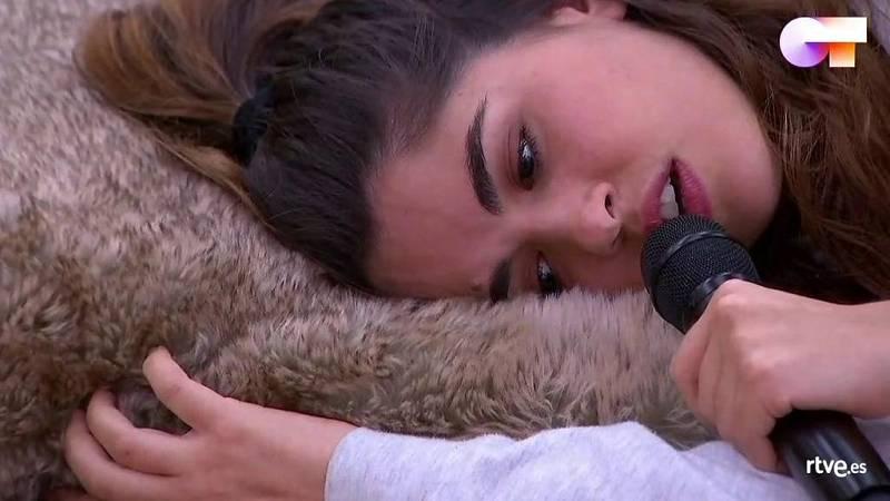 """Anajú canta """"Nunca estoy"""", de C. Tangana, en el primer pase de micros de la Gala 11 de Operación Triunfo 2020"""