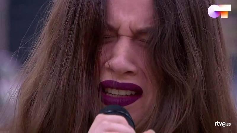 """Eva canta """"Nothing Else Matters"""", de Metallica, en el primer pase de micros de la Gala 11 de Operación Triunfo 2020"""