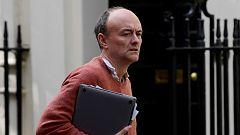 Piden la dimisión del asesor de Boris Johnson, Dominic Cummings, por saltarse el confinamiento