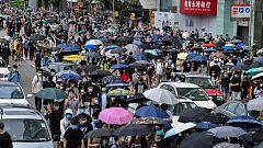 Miles de personas protestan en Hong Kong por la ley de seguridad china