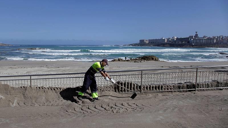 Las playas se preparan para la apertura: control de accesos, drones o cuadrículas en la arena