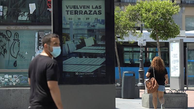 Así es la Fase 1 que estrenan Madrid, Barcelona y Castilla y León: paseos en grupo y apertura de parques y chiringuitos