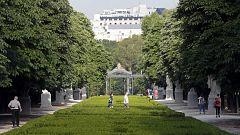 Madrid reabre sus parques y zonas verdes estrenando la Fase 1 pasada por agua